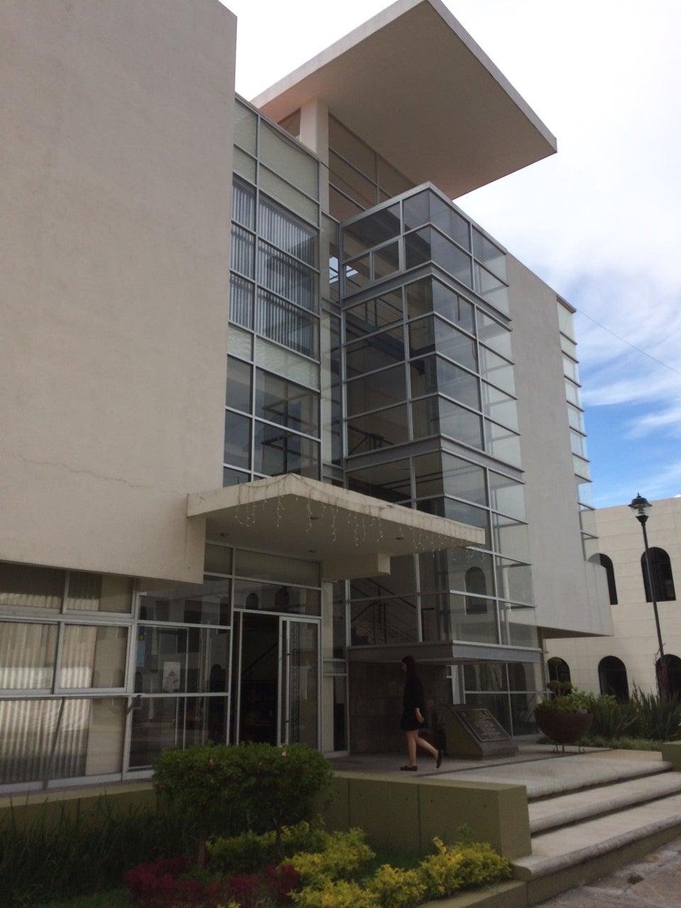 Edificio de Posgrado de la Facultad de Derecho y Ciencias Sociales   UMSNH