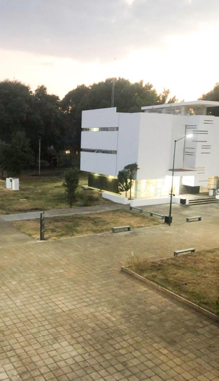 El gobierno de Silvano Aureoles Conejo, ha otorgado más de mil millones de pesos extras a lo establecido como aportación estatal en el convenio celebrado con la Federación, para el financiamiento de la UMSNH