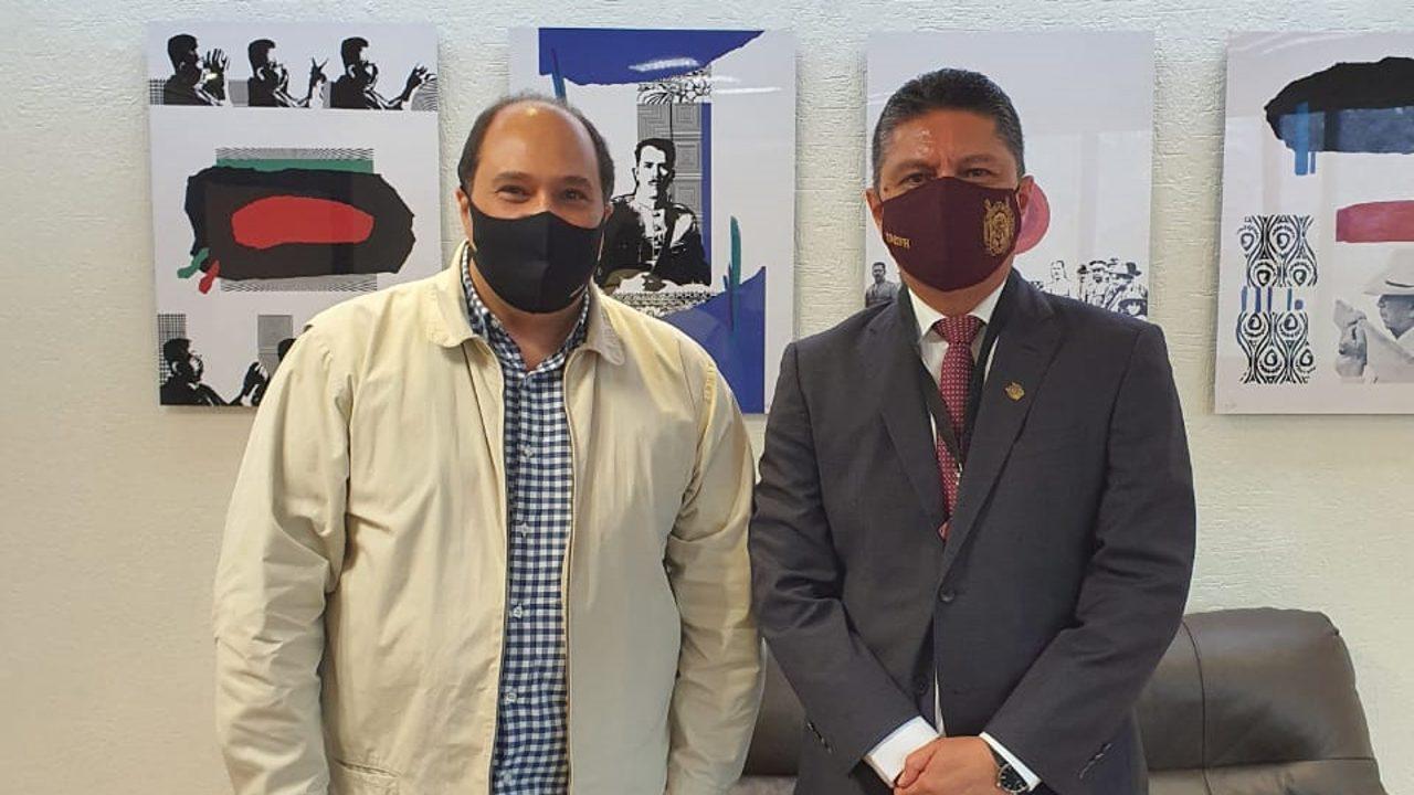 Ante el Coordinador de Asesores de la Presidencia de la República, Lázaro Cárdenas Batel, el Rector de la UMSNH presentó los avances de la investigación sobre la vacuna contra el COVID-19